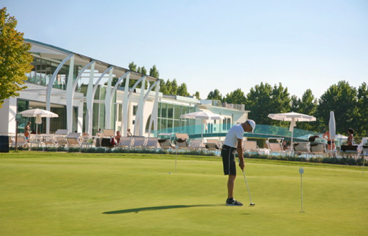 riviera-golf-resort-Golf