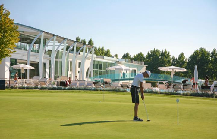 riviera-golf-resort-Golf